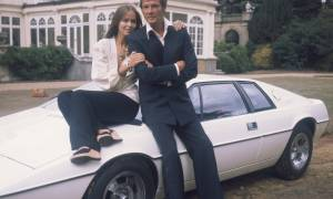 Lotus Esprit – The Quintessential 1970s Supercar