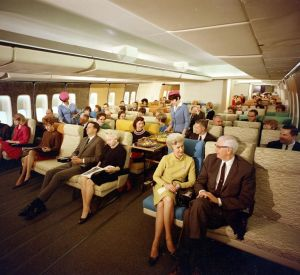 On-board a Boeing 747 – With Pan Am & United Airlines