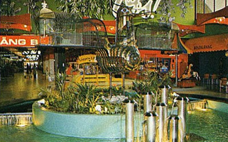 Väla Centrum – A Kitschy Swedish Shopping Mall