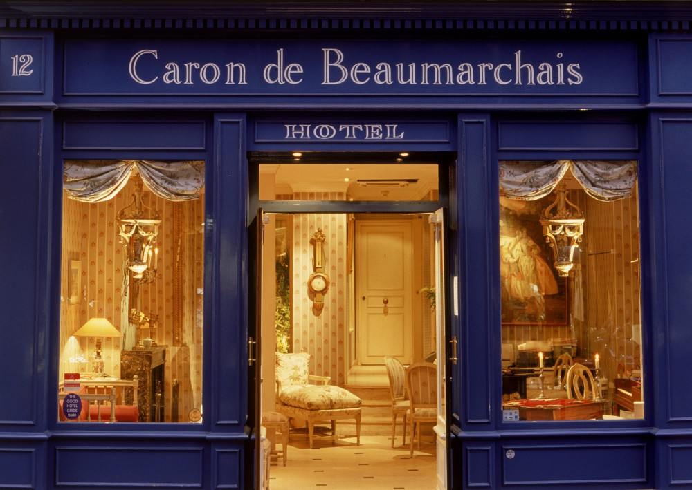 Travel rendezvous in paris two chic boutique hotels for Paris boutiques hotels