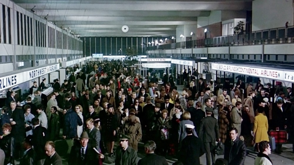 The fictional Lincoln Airport was in reality Minneapolis-Saint Paul International