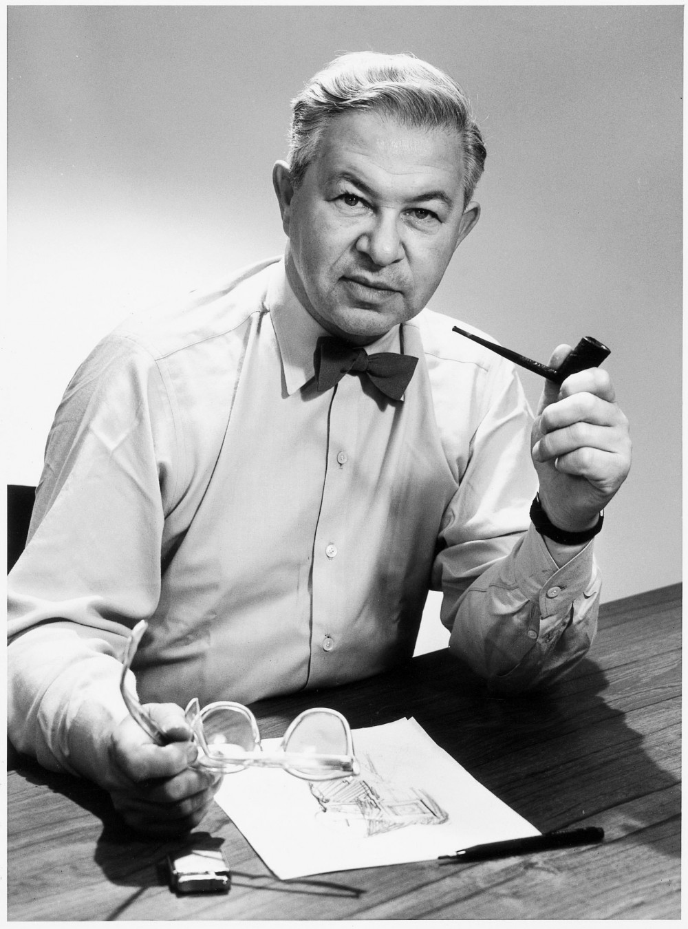 Arne Jacobsen at work