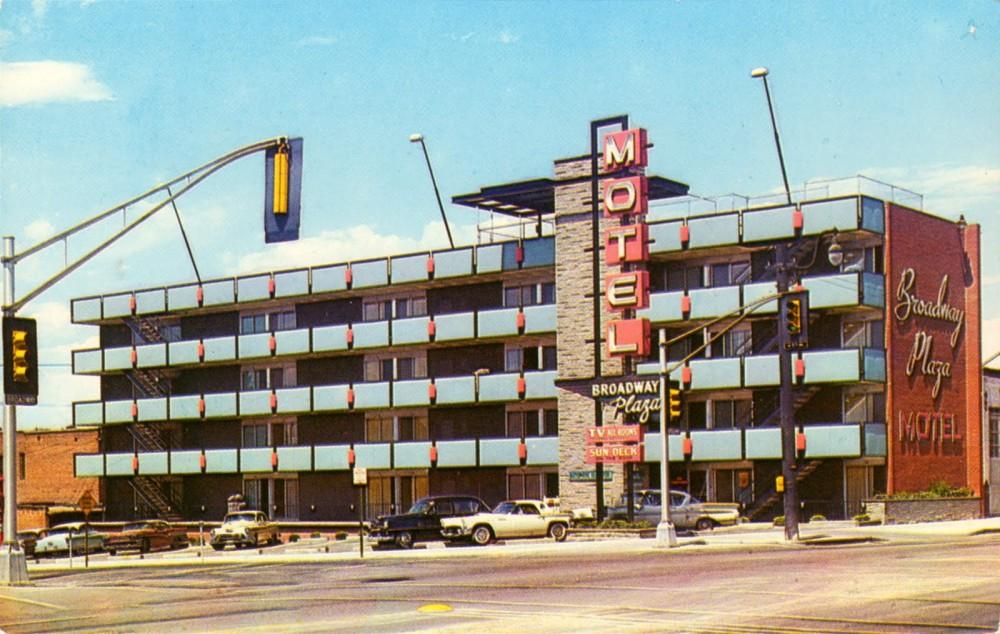 Motels At Broadway At The Beach