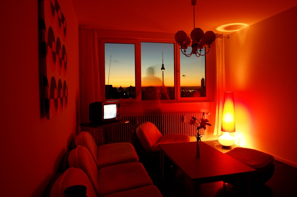 interior time travel with a ddr designed hostel in berlin ultra swank. Black Bedroom Furniture Sets. Home Design Ideas
