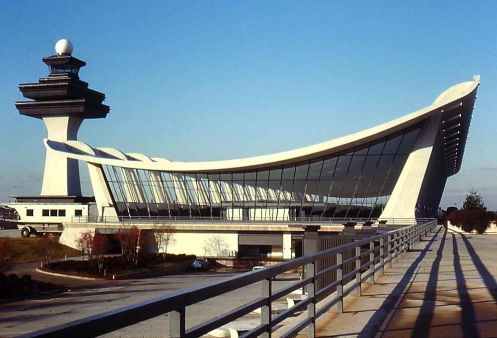 dulles-airport-saarinen
