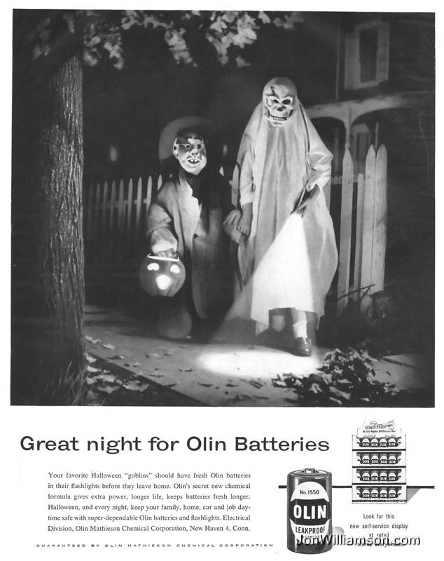 Vintage Halloween Ads.Inspiration Vintage Halloween Costumes From The 1950s To The 1970s