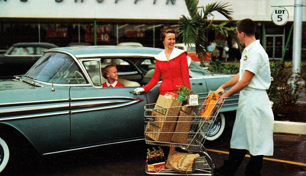 Shoppers at Publix circa 1958
