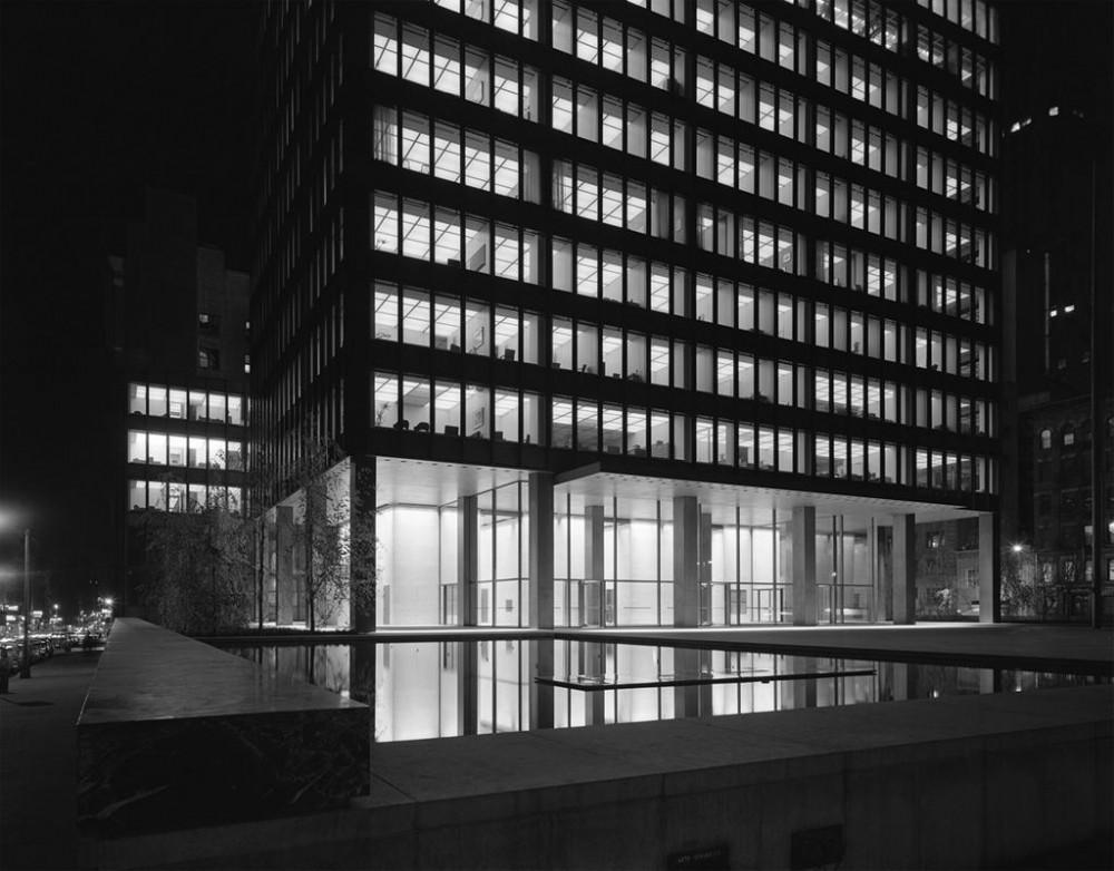 Mies van der Rohe – The Seagram Building