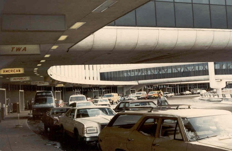 Travel What Airports Looked Like In The 1970s Ultra Swank