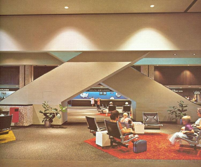 The check-in area at Tampa Airport in the 1970s